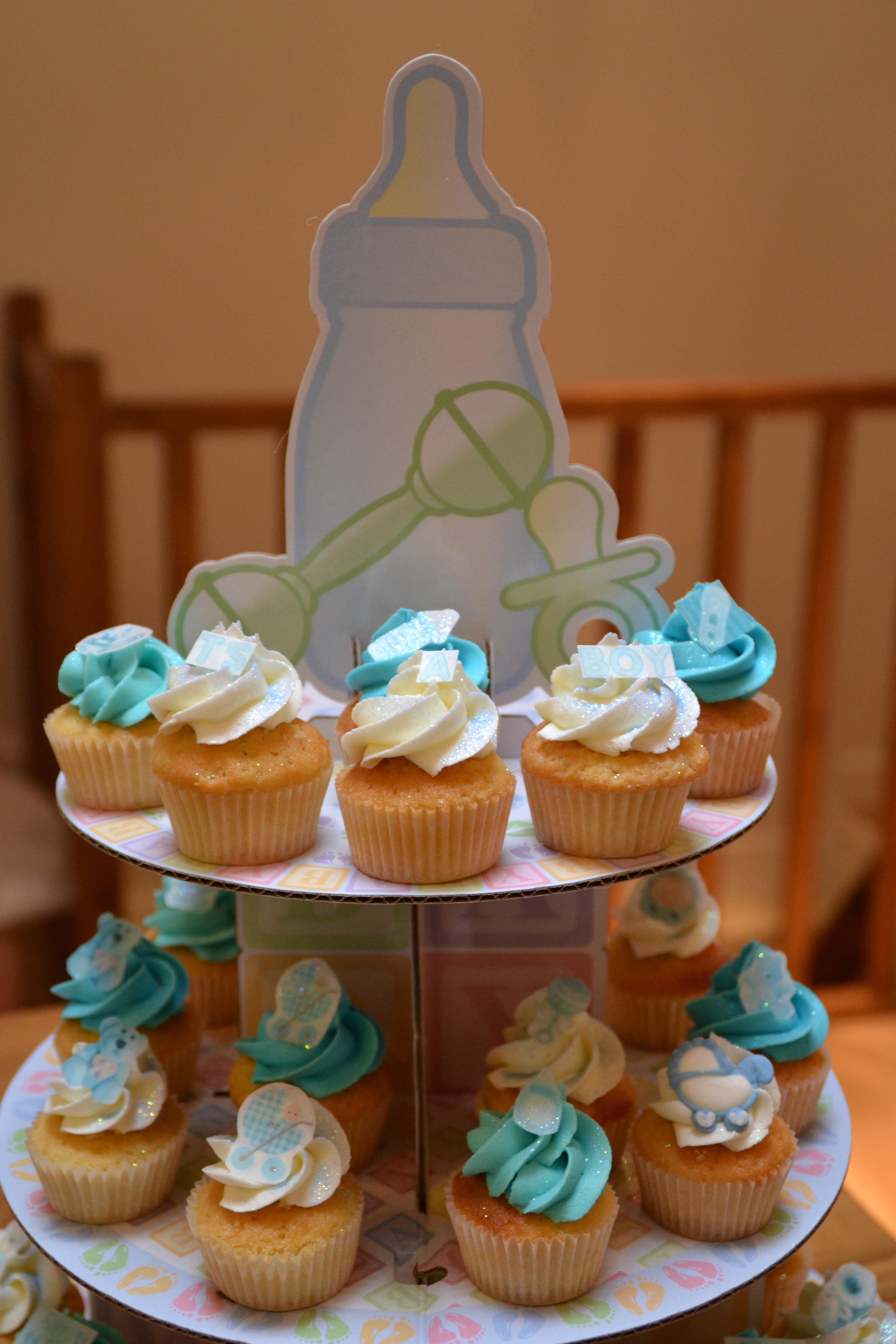Baby shower gar on lolit 39 cupcakes - Deco baby shower garcon ...