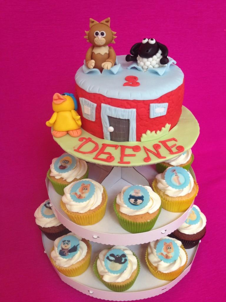 cake Timmy Time avec Pyramide de cupcakes